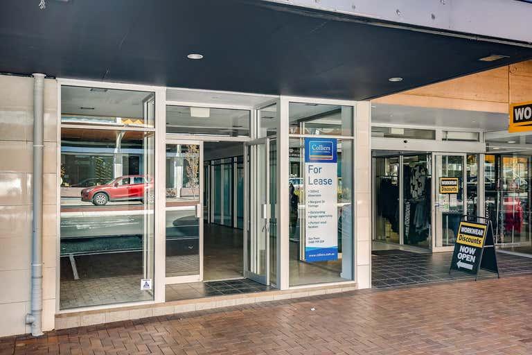 3/267a Margaret Street Toowoomba City QLD 4350 - Image 2