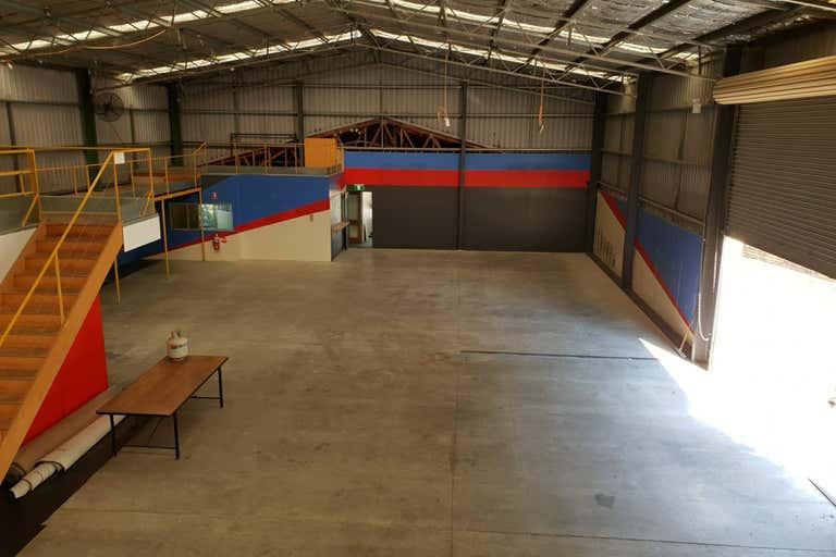 Unit 2, 10 Stockyard Place West Gosford NSW 2250 - Image 4