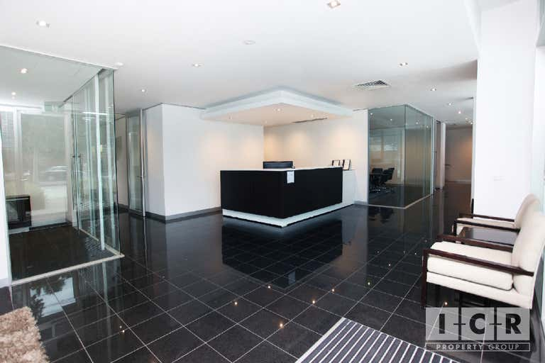 9/435 Williamstown Road Port Melbourne VIC 3207 - Image 2