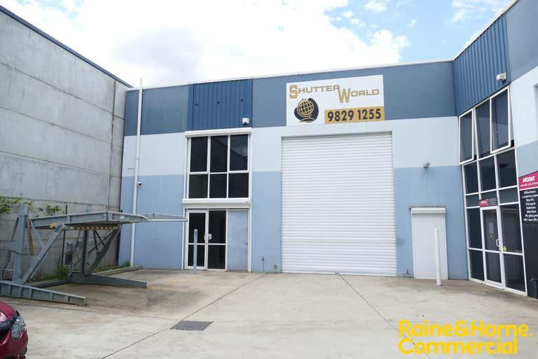 Unit 4, 17 Stennett Road Ingleburn NSW 2565 - Image 1