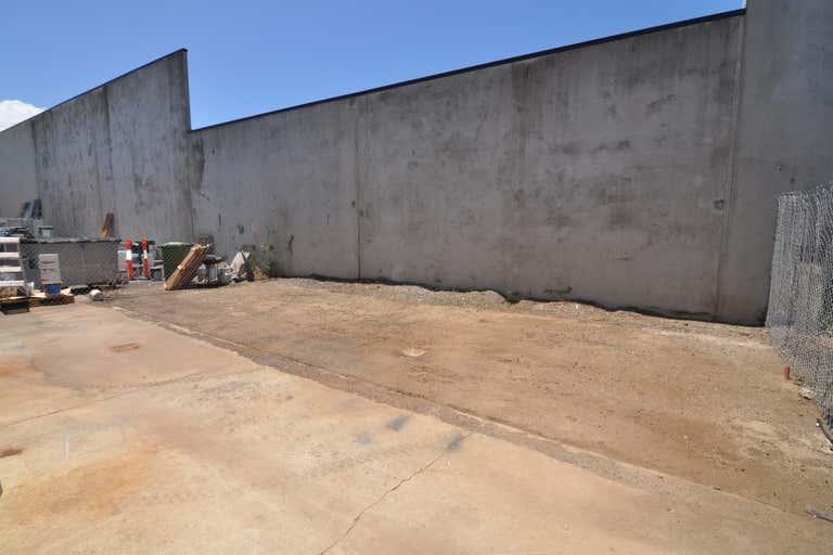 Unit 4, 39-45 Hugh Ryan Drive Garbutt QLD 4814 - Image 4