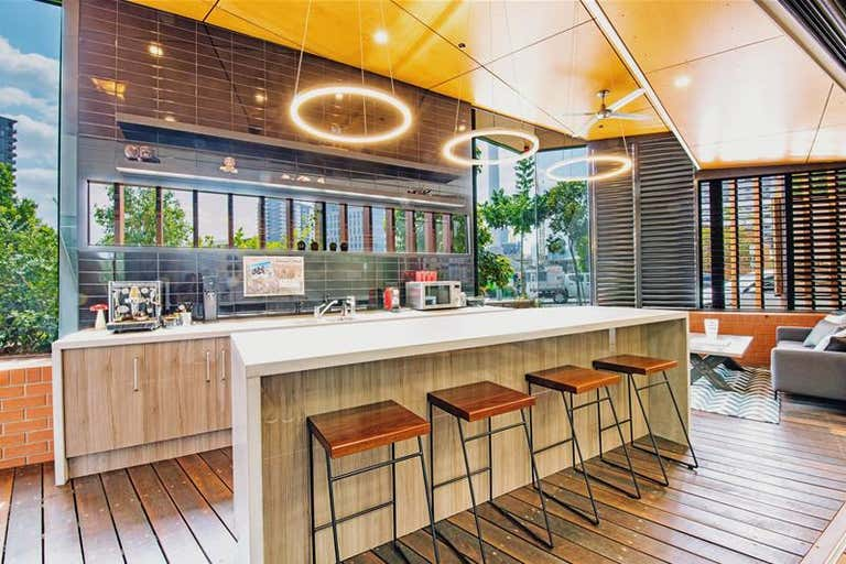 1/9 Edmondstone Street South Brisbane QLD 4101 - Image 1