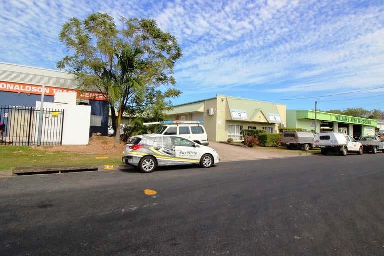 5/21 Donaldson Street Manunda QLD 4870 - Image 2