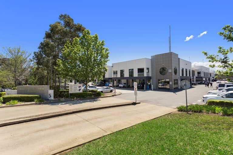 38/5-7 Inglewood Place Norwest NSW 2153 - Image 1