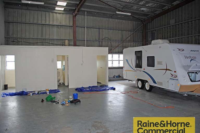 B10, 194 Zillmere Road Geebung QLD 4034 - Image 2