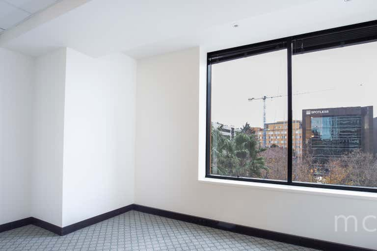 The Jewel, Suite 402, 566 St Kilda Road Melbourne VIC 3004 - Image 4