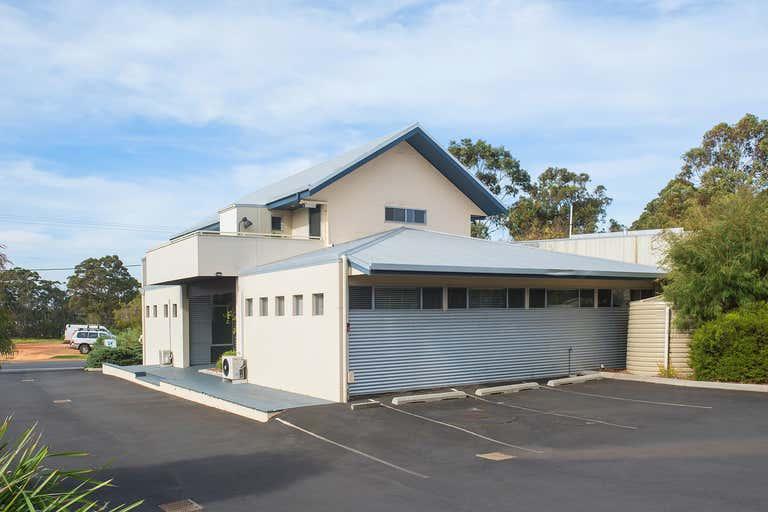 36 Station Rd Margaret River WA 6285 - Image 2