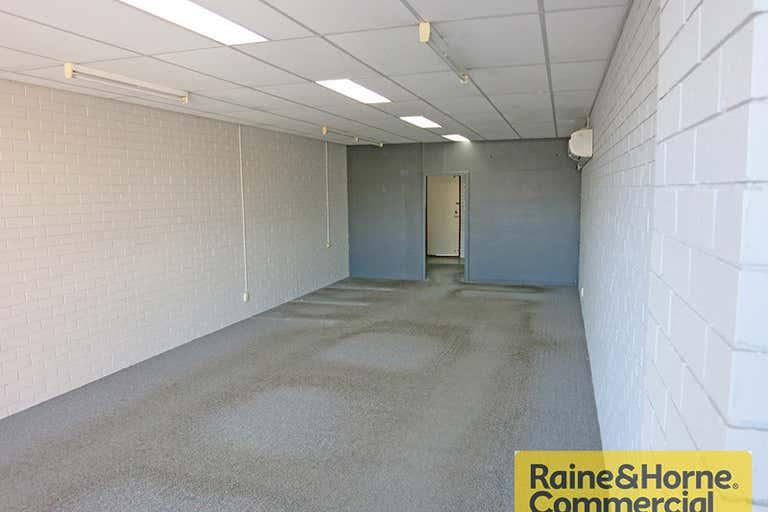 3/229 Waterworks Road Ashgrove QLD 4060 - Image 2