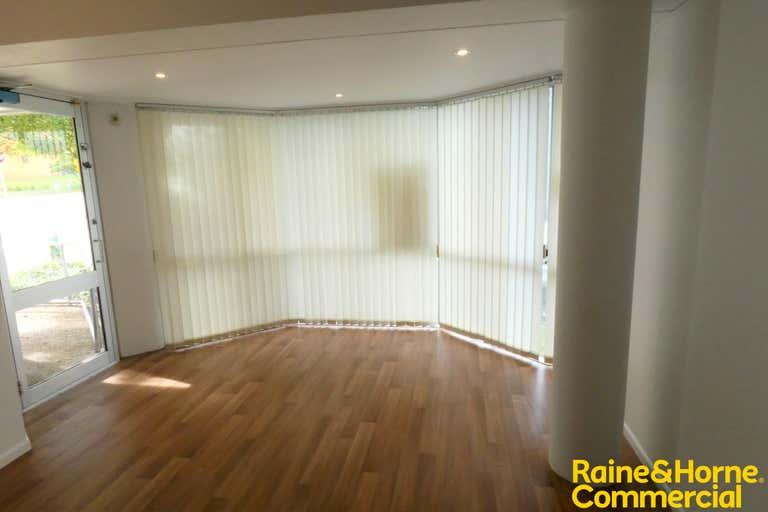 Suite 3, 94 William Street Port Macquarie NSW 2444 - Image 2