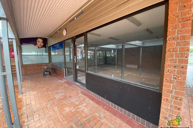 Helensvale Convenien, Shop 3 / 1-9 Lindfield Road Helensvale QLD 4212 - Image 1