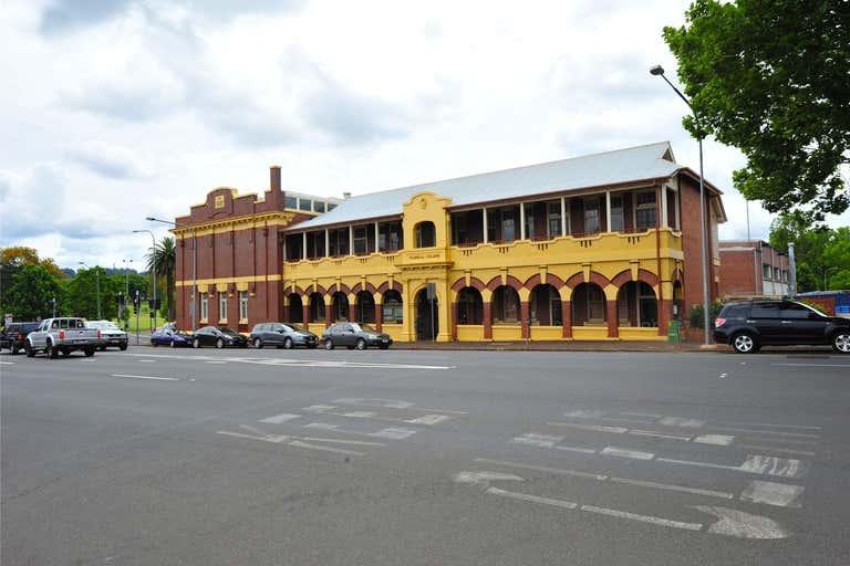 4/124 Margaret Street Toowoomba City QLD 4350 - Image 1