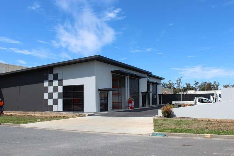 15/3 Engineering Drive Coffs Harbour NSW 2450 - Image 1