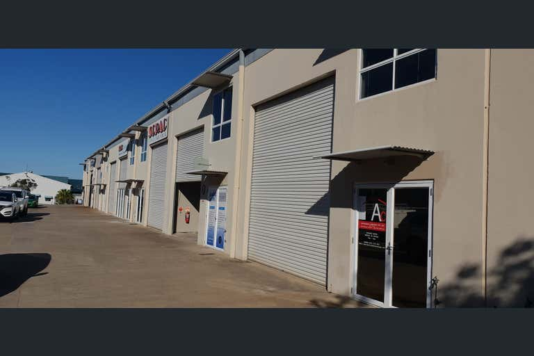 8/16 Sydal Street Little Mountain QLD 4551 - Image 2