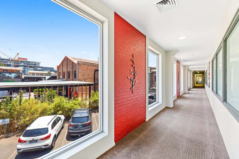 4b/462 Ruthven Street Toowoomba City QLD 4350 - Image 2
