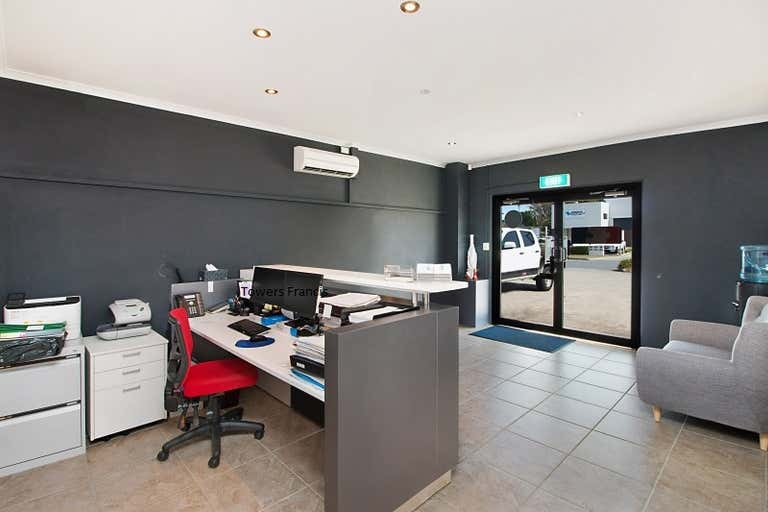 Unit 3/6-8 Amber Road Tweed Heads South NSW 2486 - Image 4
