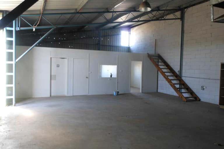 2/82 Mountbatten Drive Dubbo NSW 2830 - Image 2