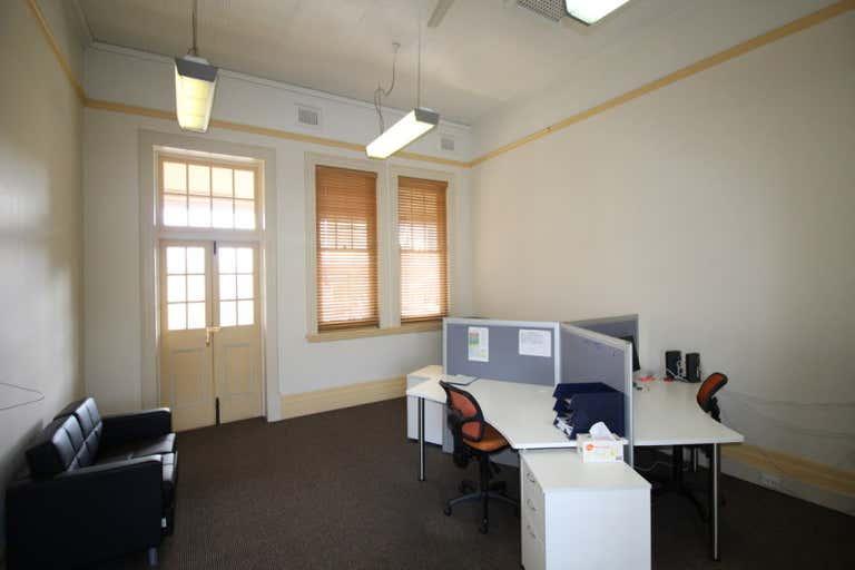 11/124 Margaret Street Toowoomba City QLD 4350 - Image 3