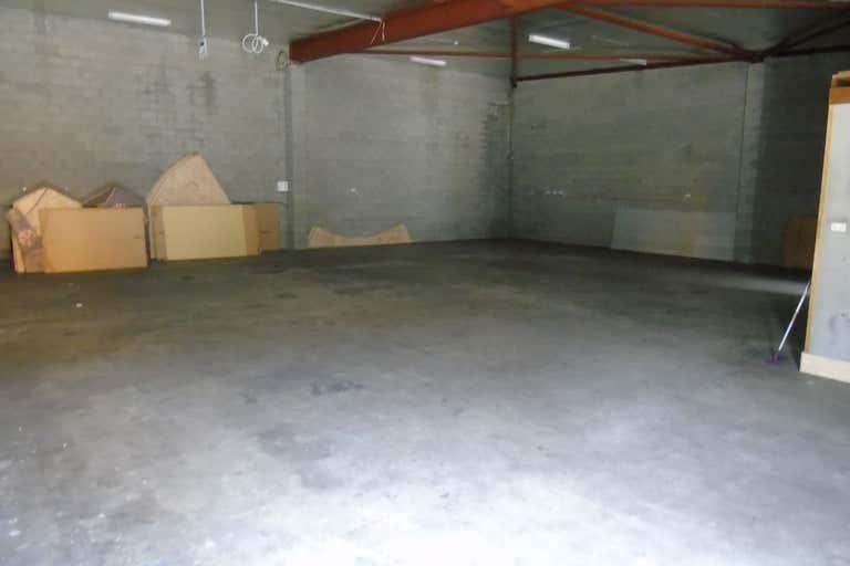 2/2 Chain Street Mackay QLD 4740 - Image 2