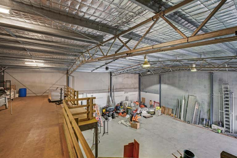 Units 2 & 3, 31 Camfield Drive Heatherbrae NSW 2324 - Image 2
