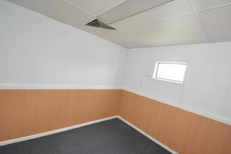 39 Gladstone Road Allenstown QLD 4700 - Image 4