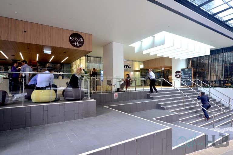 30/127 Creek Street Brisbane City QLD 4000 - Image 3