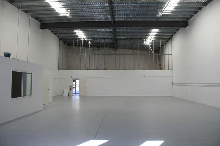 3/2 John Duncan Court Varsity Lakes QLD 4227 - Image 1