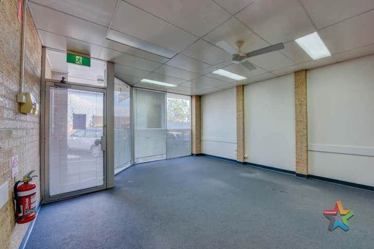 2/84 Denison Street Tamworth NSW 2340 - Image 3