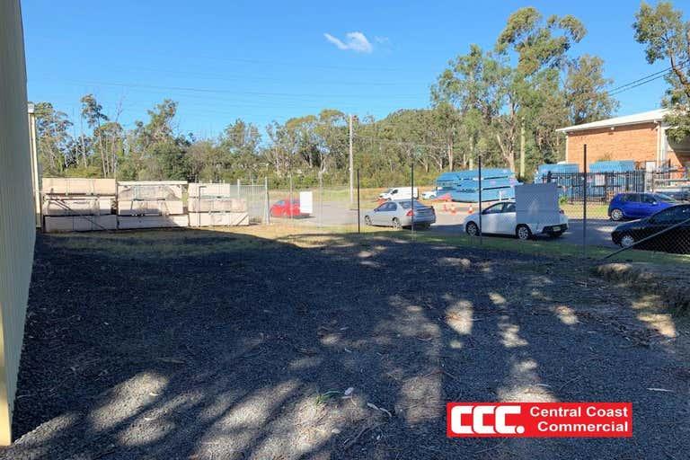1B/2 Journeyman Close Berkeley Vale NSW 2261 - Image 4