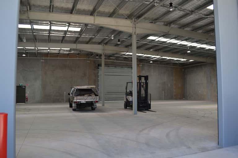 2/5-7 Spalding Street Harristown QLD 4350 - Image 3