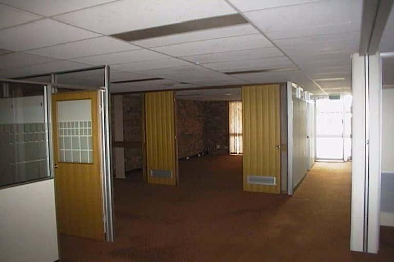 Unit 2, 55 Denham Street Rockhampton City QLD 4700 - Image 4