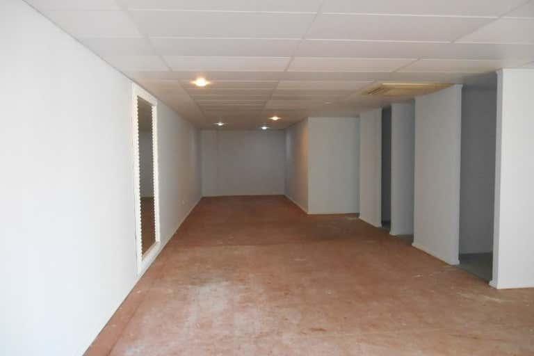 Shop 5 Hervey Bay Marina Urangan QLD 4655 - Image 4