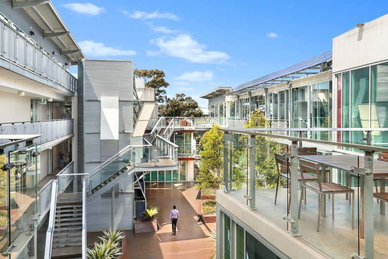 142/117 Old Pittwater Road Brookvale NSW 2100 - Image 2