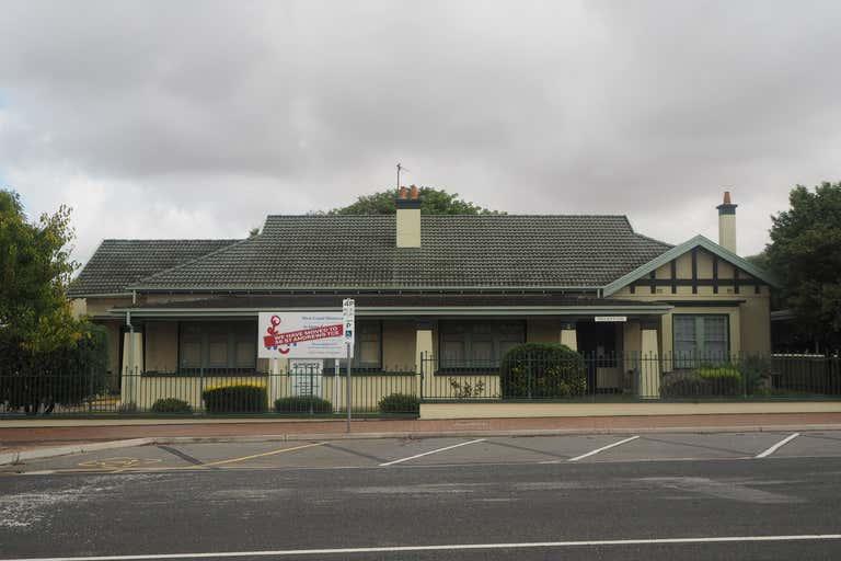 4 Eyre Street Port Lincoln SA 5606 - Image 1