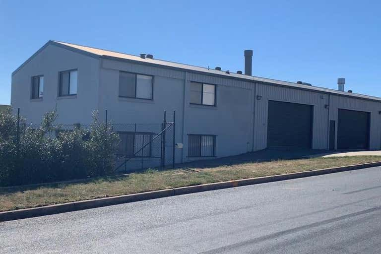 Unit  1, 43 Gordon Avenue Queanbeyan West NSW 2620 - Image 1
