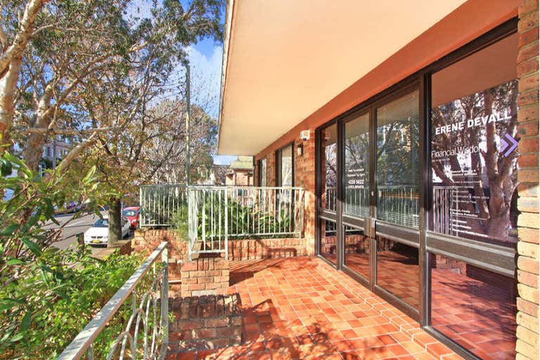 1/25 Victoria Street Wollongong NSW 2500 - Image 2