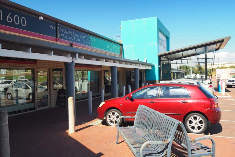 Quinns Village Shopping Centre, Cnr Quinns Road and Tapping Way Quinns Rocks WA 6030 - Image 1