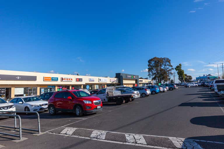Mountain Gate Shopping Centre, 854 Burwood Hwy Ferntree Gully VIC 3156 - Image 1