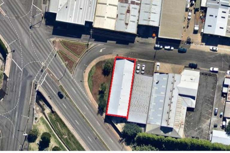 14 Laurel Street Toowoomba City QLD 4350 - Image 3