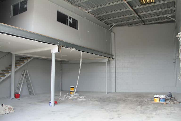 3/48 Junction Road Burleigh Heads QLD 4220 - Image 3