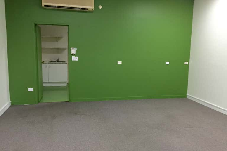 Shop 11/21 Hansford Road Coombabah QLD 4216 - Image 3