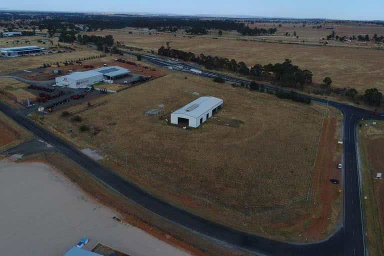 12 Angus Clarke Drive Forbes NSW 2871 - Image 4