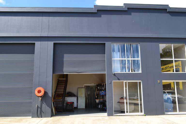 2/43 Taree Street Burleigh Heads QLD 4220 - Image 2