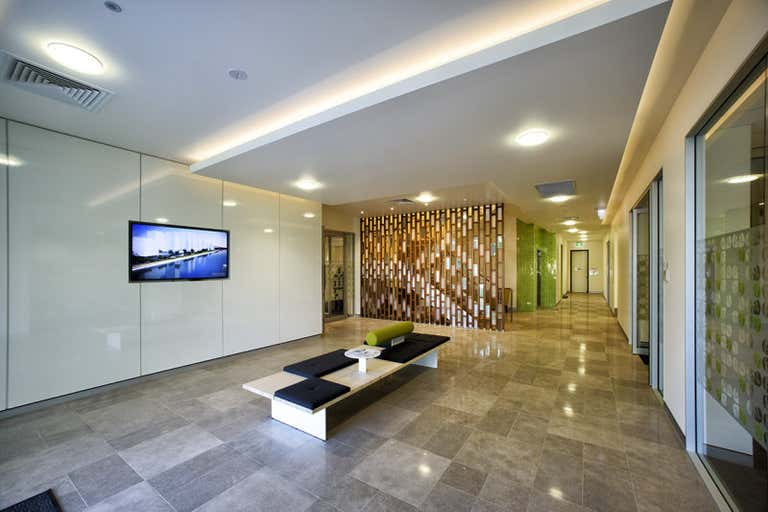 Suite 1.3 / 371 MacArthur Avenue, Hamilton, 1.3, 371 Macarthur Avenue Eagle Farm QLD 4009 - Image 1