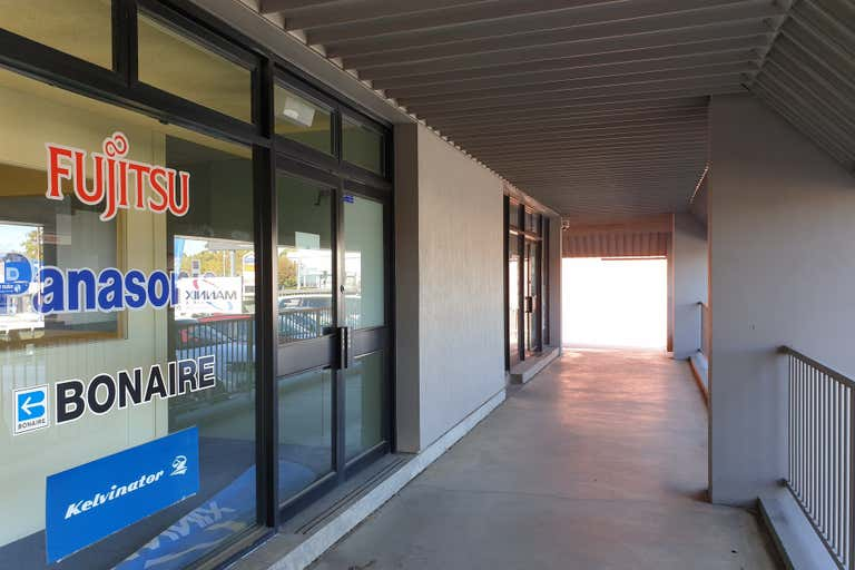 172 Main South Road Morphett Vale SA 5162 - Image 2