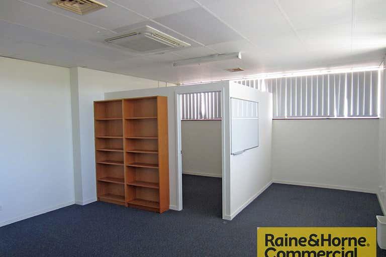 Suite 1/32 Hayward Street Stafford QLD 4053 - Image 1