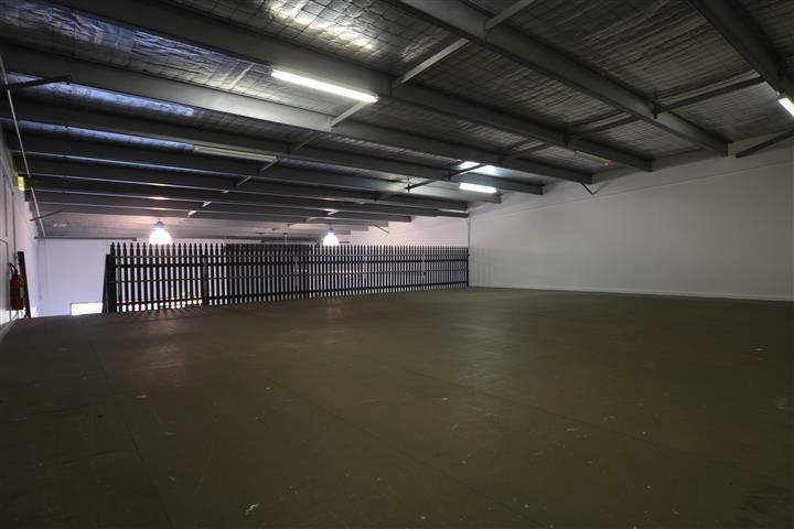 (Unit 5)/386-390 Pacific Highway Belmont NSW 2280 - Image 3