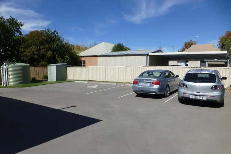 Suite  9, 3 Hampden Avenue Orange NSW 2800 - Image 2
