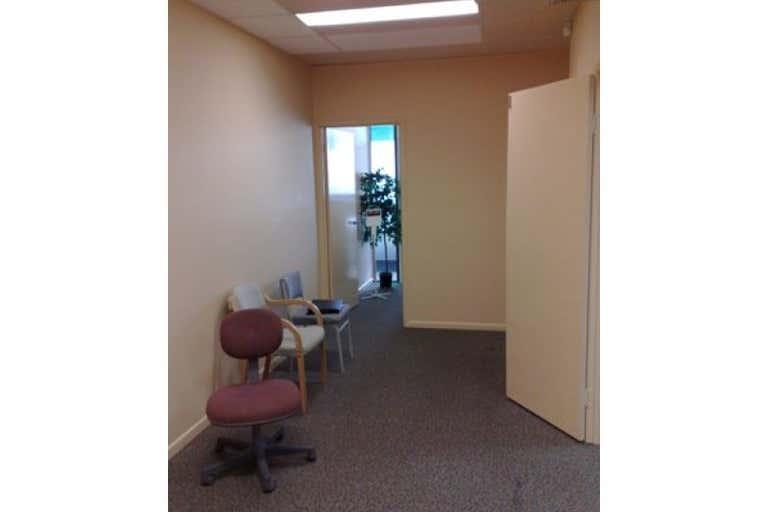 Suite 3A, 211 Ron Penhaligon Way Robina QLD 4226 - Image 2