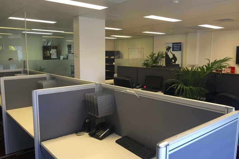 6-9/11 Karp Court Bundall QLD 4217 - Image 3