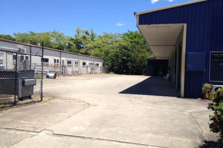 8 & 9/20 William Murray Drive Cannonvale QLD 4802 - Image 4